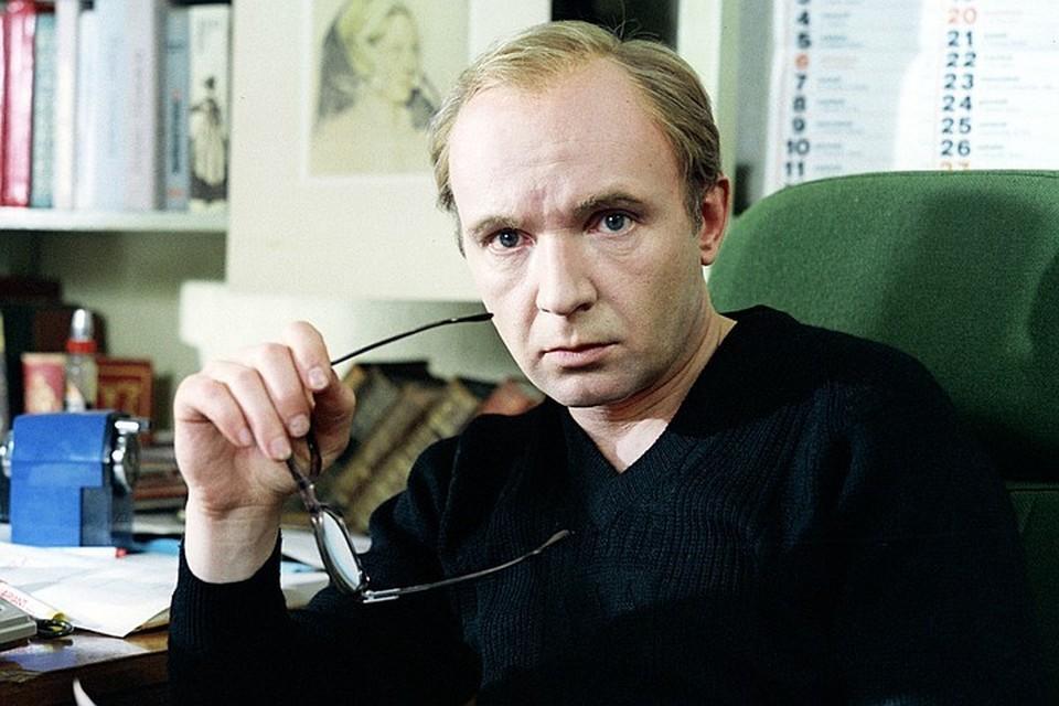 На 83 году жизни скончался один из наиболее популярных актёров Советского Союза Андрей Мягков