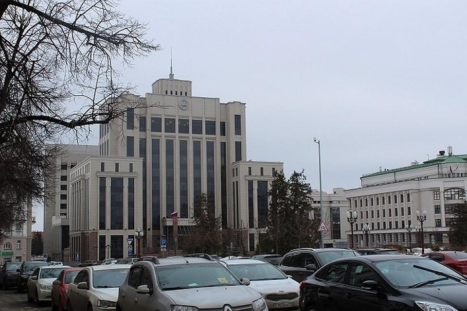 В Госсовете Татарстана за это проголосовал 71 депутат, восемь оказались против и четверо воздержались.