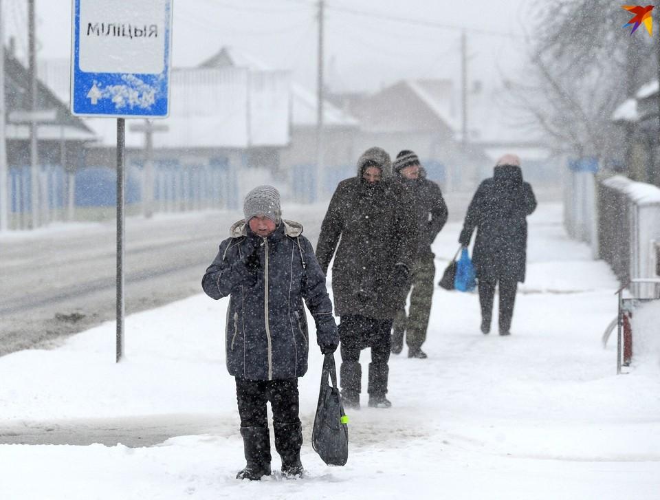 Стало известно, сколько белорусов пострадало от гололеда и морозов.