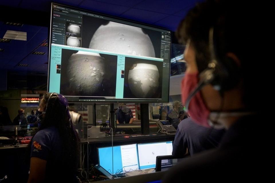 Американский ровер Perseverance приземлился на Марсе и уже прислал оттуда первые снимки