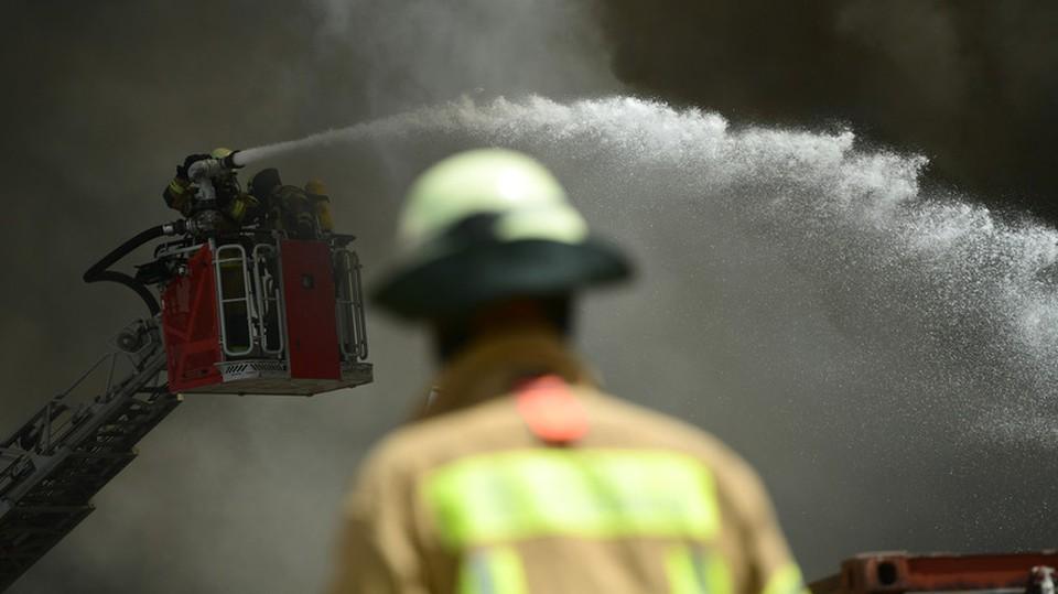 В Техасе не смогли потушить пожар из-за замерзших гидрантов