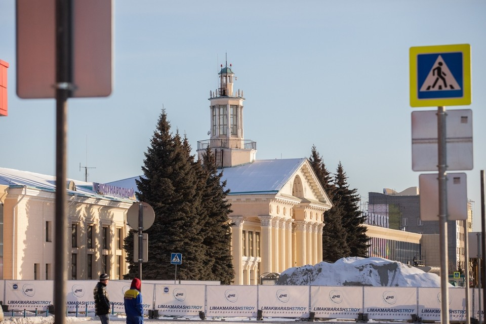 Международный сектор заместится в историческом здании и бывшем российском терминале