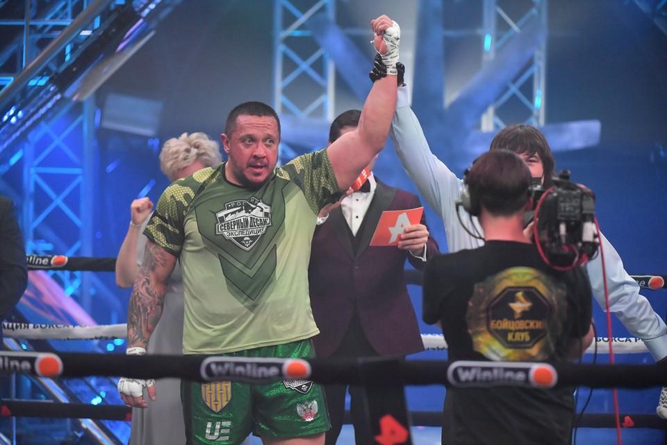 Кокляев — о своей первой победе на ринге: «Не надо здоровому мужику небольшого мужика в нокаут бросать»