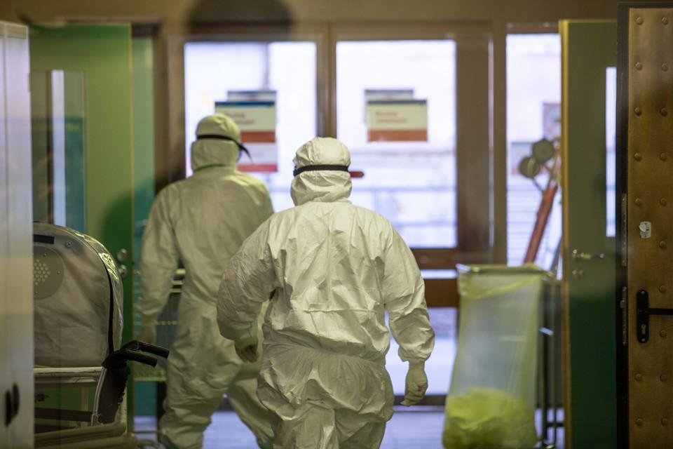 За сутки коронавирус в ЛНР диагностировали у 33 человек