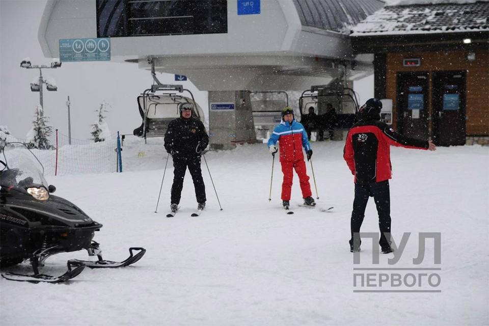 """Лукашенко и Путин покатались на лыжах. Фото: Telegram """"Пул первого"""""""