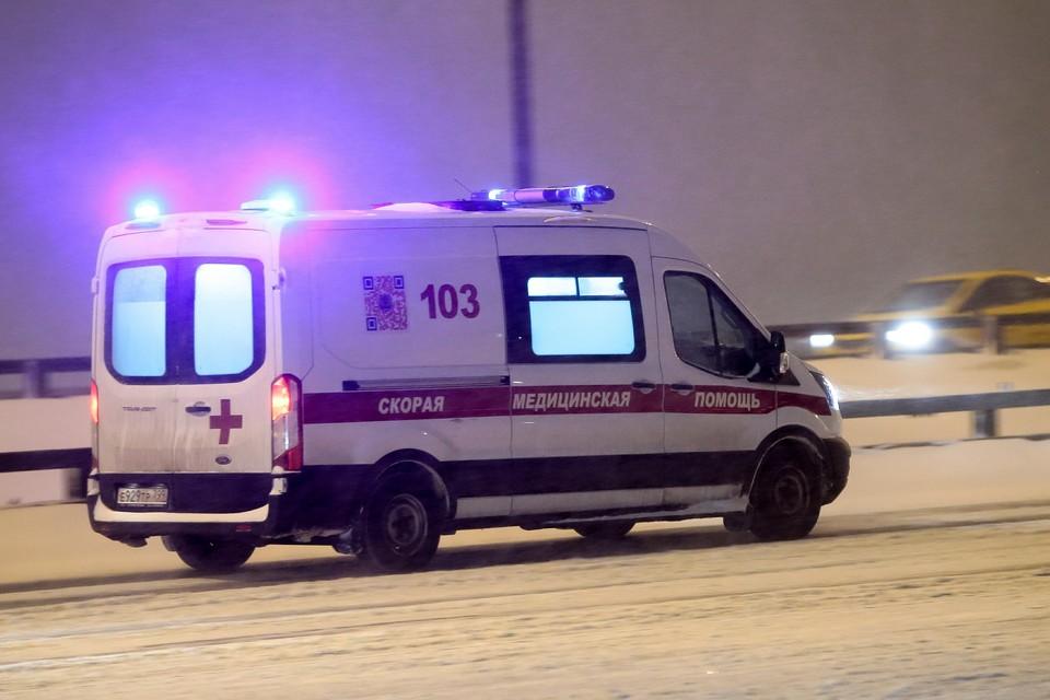 С эстакады Щелковского шоссе на МКАД упал человек.
