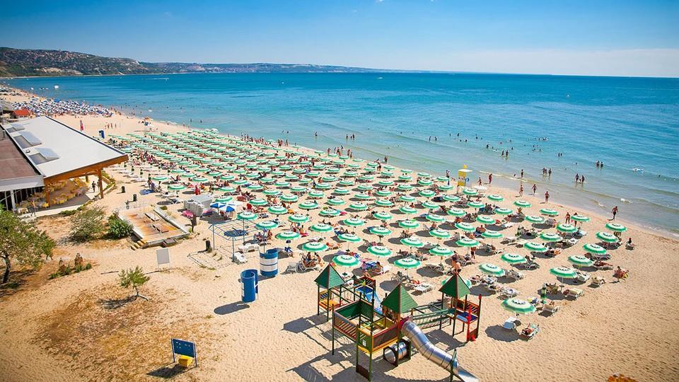 Болгарские курорты ждут молдавских отпускников (Фото: bvltour.ru).