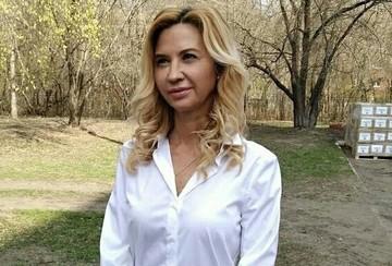Две квартиры в столице, дом в Подмосковье и 10 банковских счетов: На какое имущество экс-главы омского минздрава наложен арест