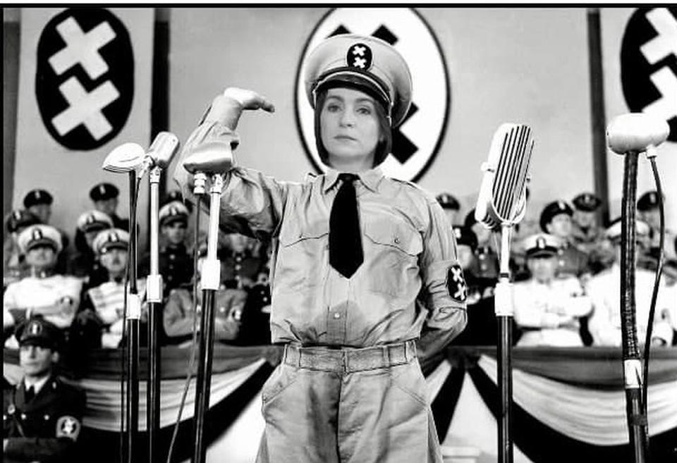 """Коллаж по мотивам фильма """"Великий диктатор"""" Чарли Чаплина."""