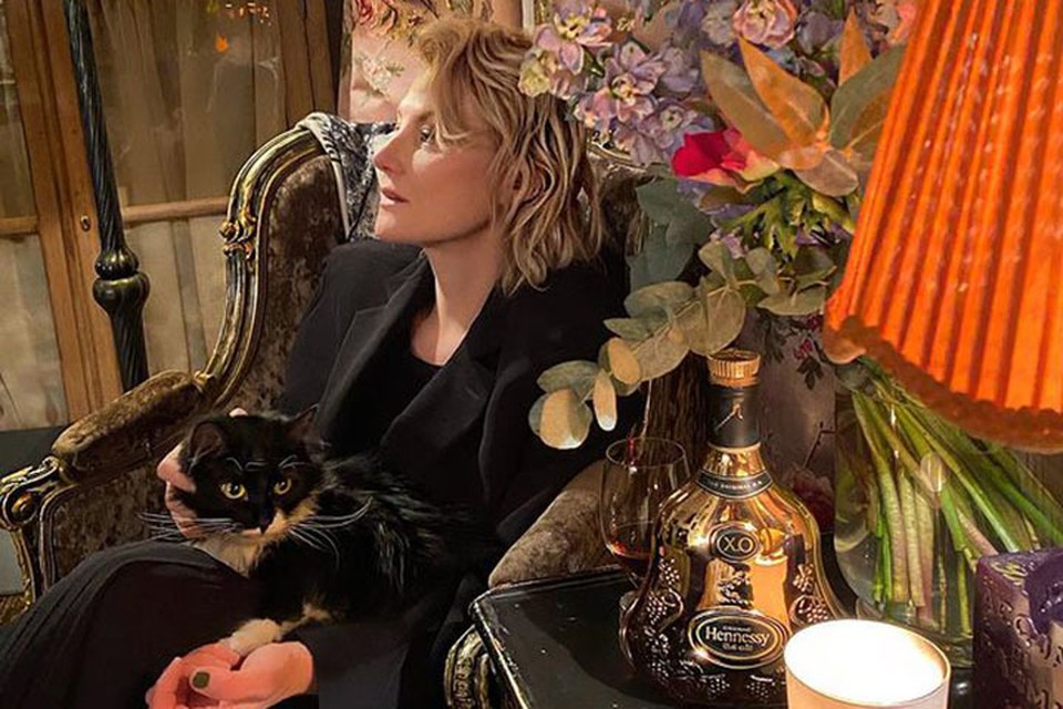 Актриса, сценарист, режиссер Рената Ливитнова тоже любит кошек.