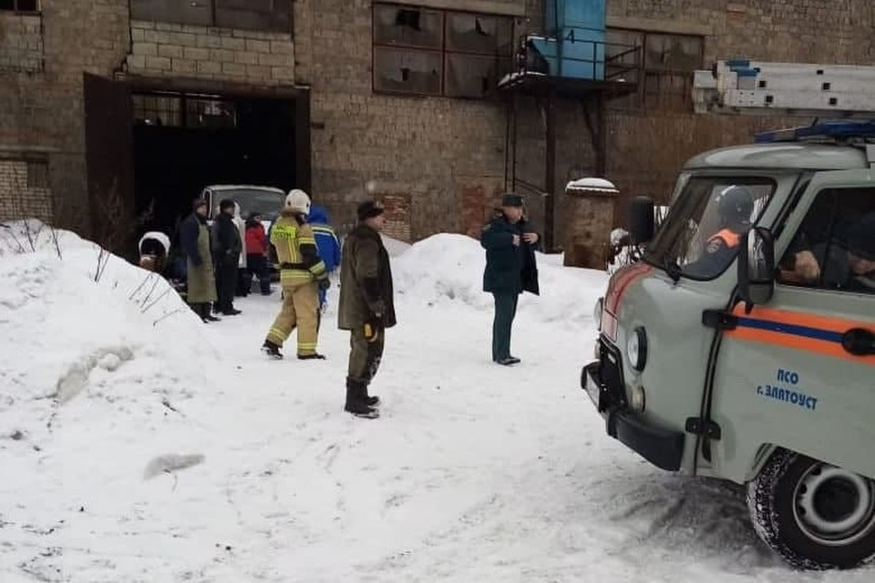 На месте работают сотрудники МЧС и сотрудники управления гражданской защиты города. Фото: пресс-служба администрация Златоустовского городского округа