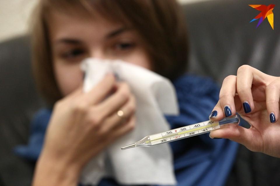 В 2009 году вспышка риновируса замедлила темпы свиного гриппа, а сейчас могла бы остановить распространение новых штаммов COVID-19, считают ученые.