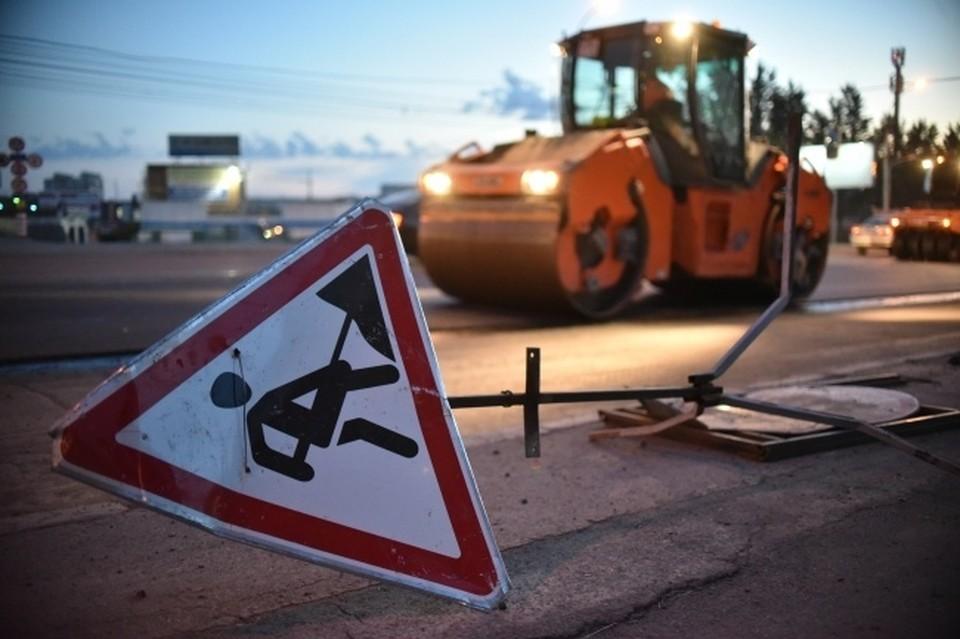 В Новосибирске перекроют улицу Большевистскую из-за строительства пешеходного моста.