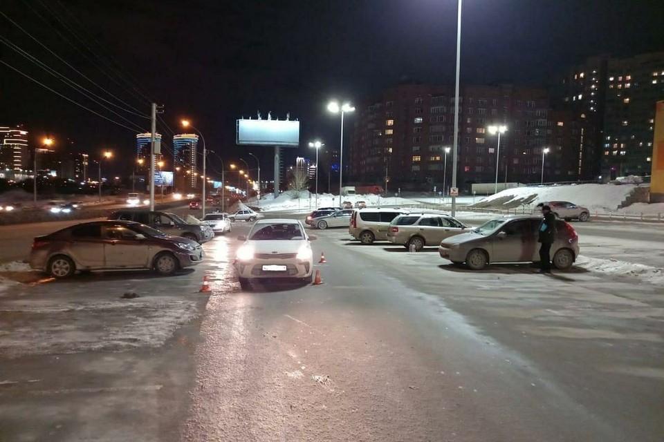 В Центральном районе Новосибирска иномарка сбила 10-летнего мальчика, переходившего дорогу. Фото: Госавтоинспекция по Новосибирску