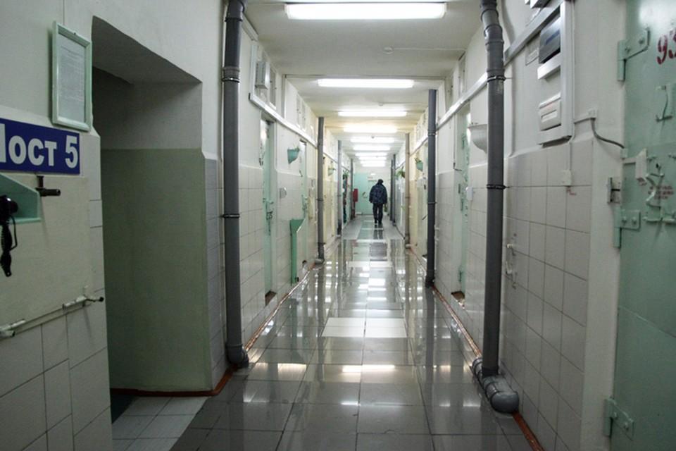 Шестеро заключенных из ангарской колонии №14 отказались подчиняться и нанесли себе травмы.