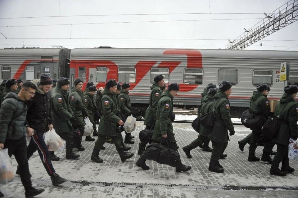 Всего в ходе весеннего призыва армейский строй пополнят более 134 тысяч юношей.