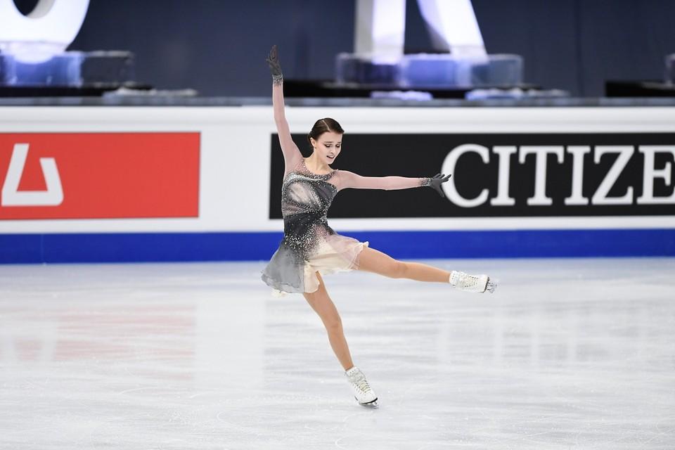 Анна Щербакова - чемпионка мира по фигурному катанию 2021.