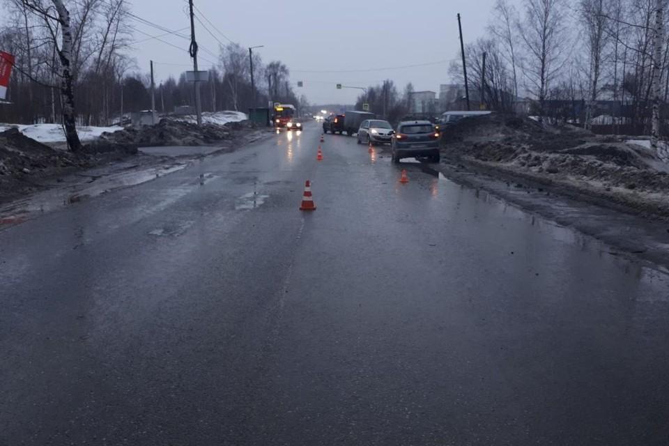 После столкновения автомобиль «Шкода Фабия» совершил опрокидывание. Фото: vk.com/gibdd43