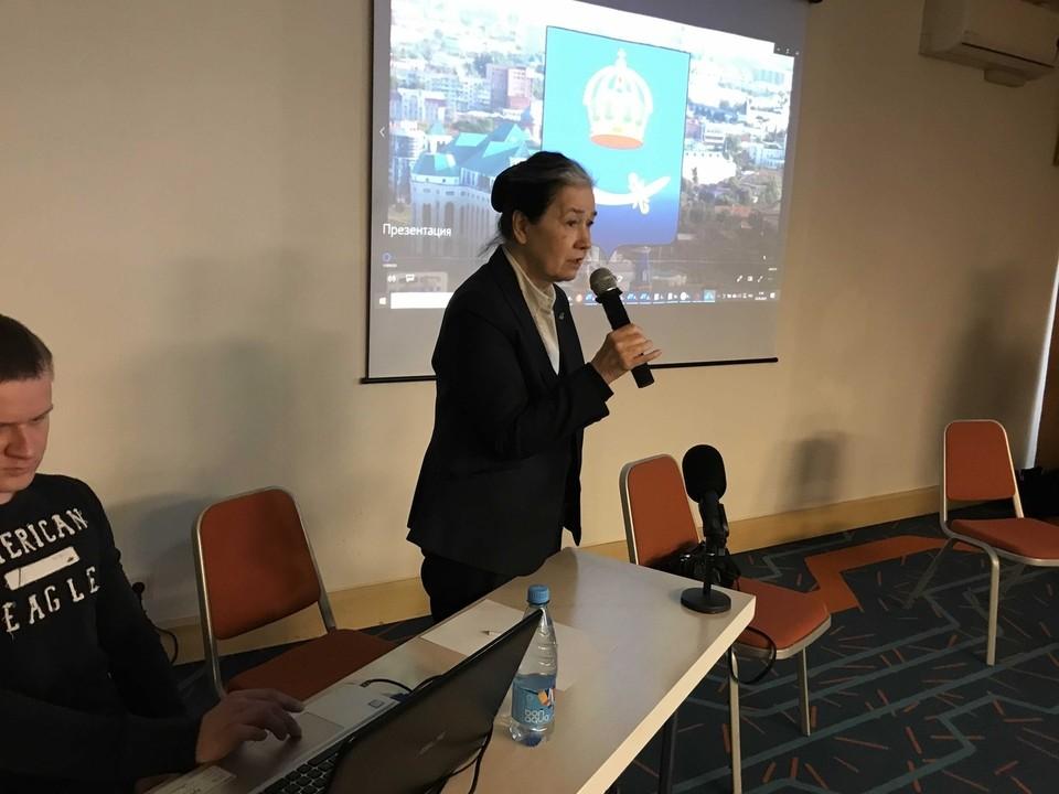 Также Галина Хованская обсудила проблему аварийных домов с губернатором области