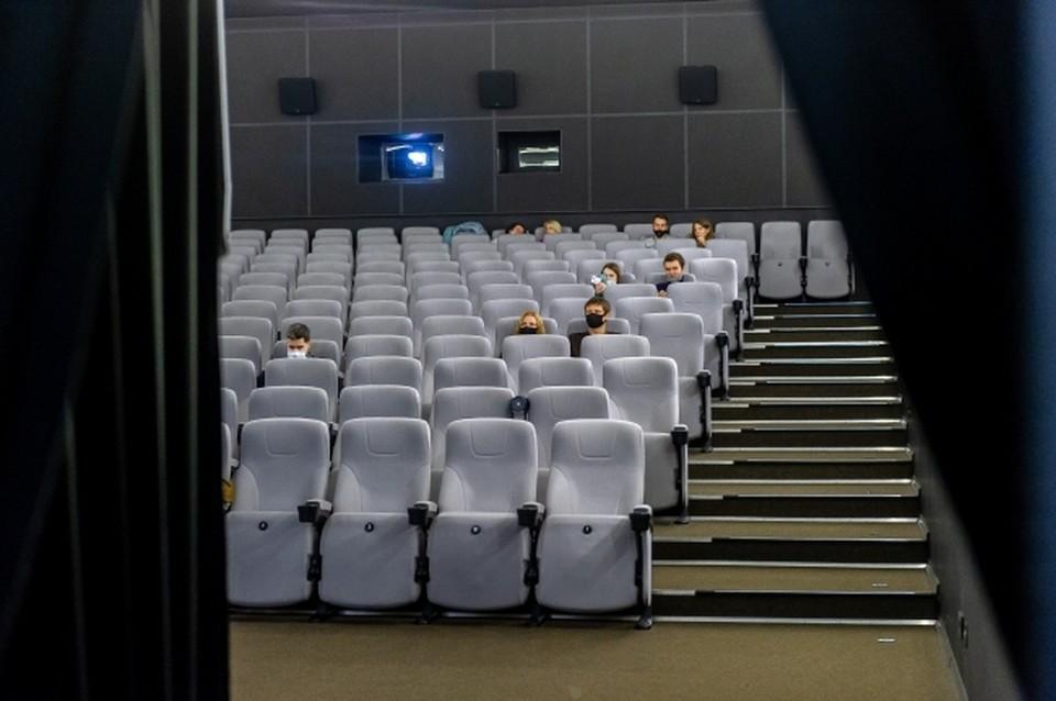Усть-Лабинское предприятие планирует производить до 180 тыс. театральных кресел в год