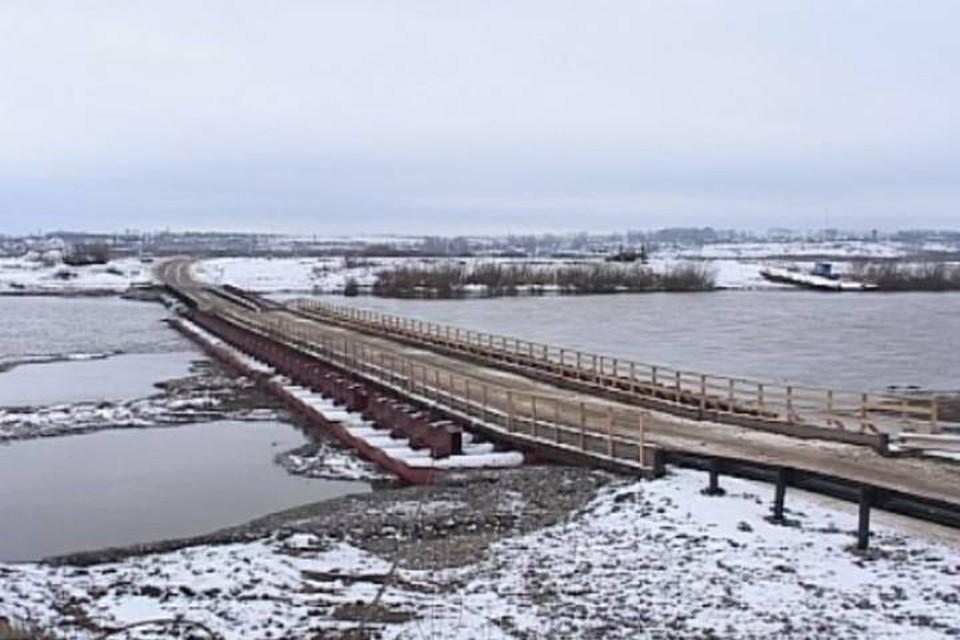 В Каринторфе с 5 апреля прекратилось автомобильное движение через понтонный мост.