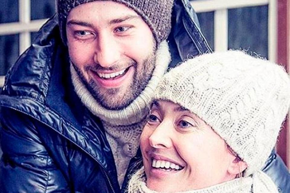 Жанна Фриске и Дмитрий Шепелев были вместе четыре года. Два года до рождения сына и два — после.