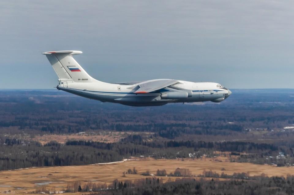 Самолеты Ил-76 приняли участие в репетиции парада Победы Фото: structure.mil.ru