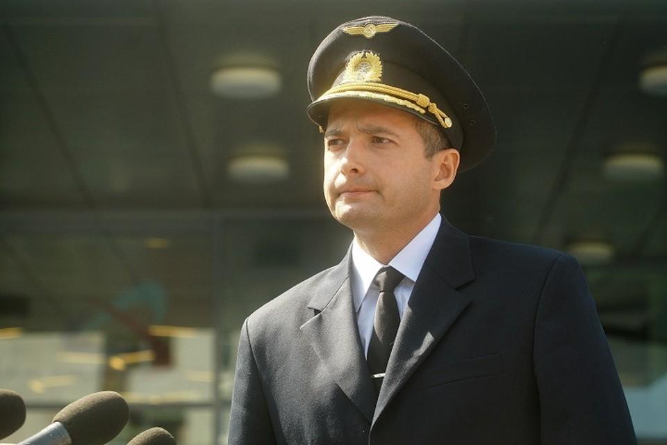 За свой подвиг летчик получил звание героя Российской Федерации