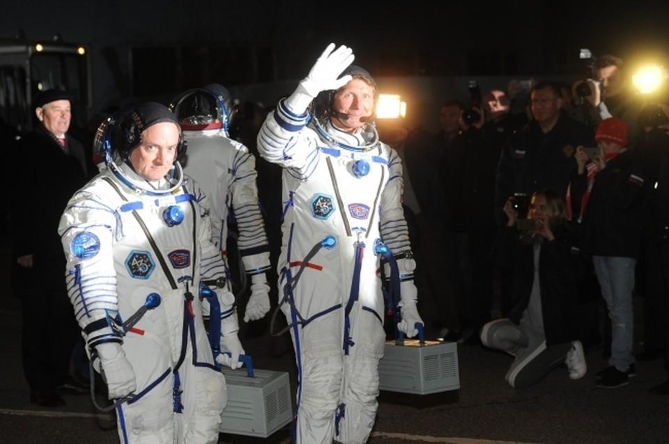 В Роскосмосе рассказали о повышении заработной платы космонавтов