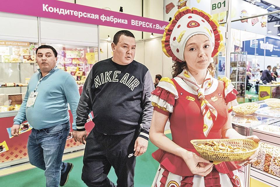 Русские с Украины и из Казахстана стали костяком в потоке приезжающих из стран СНГ. Эта тенденция держится с начала войны в Донбассе в 2014 году.