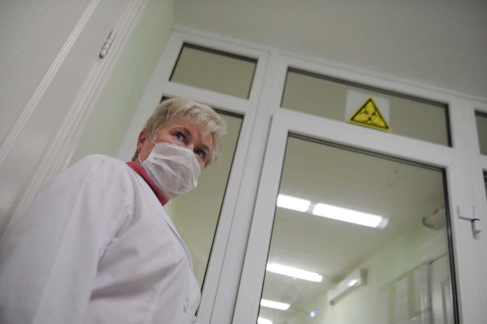 За все время коронавирус в ЛНР был диагностирован у 4202 жителей