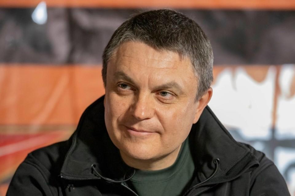 Леонид Пасечник поддержал идею волонтеров. Фото: ЛИЦ/Марина Сулименко