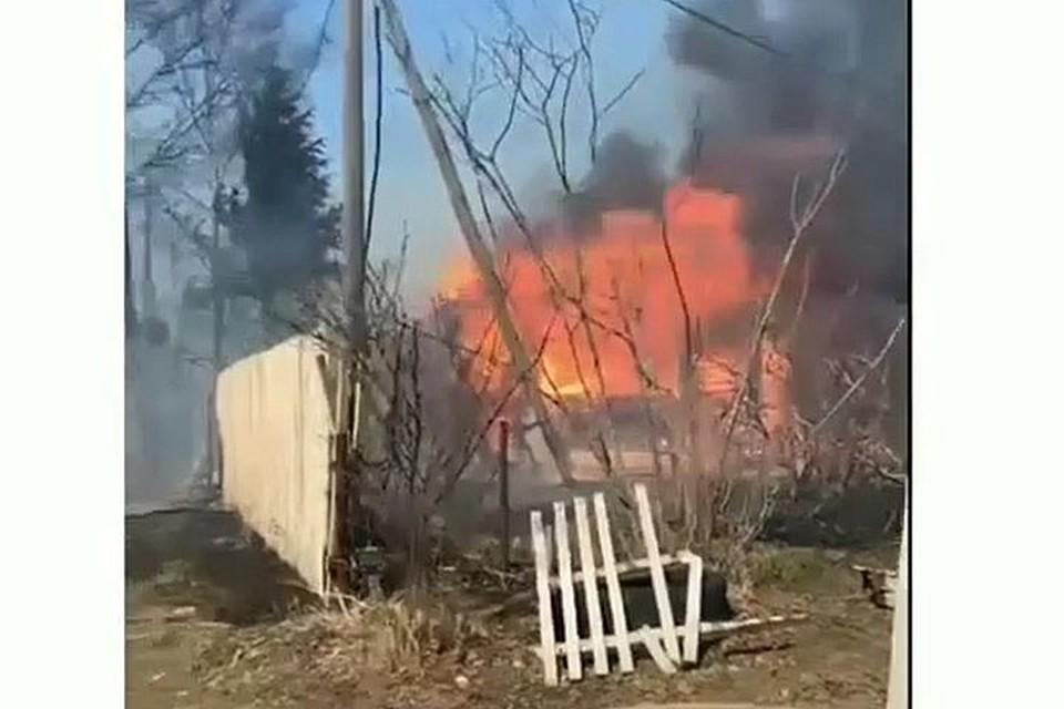Пожар в дачном поселке в Приморье