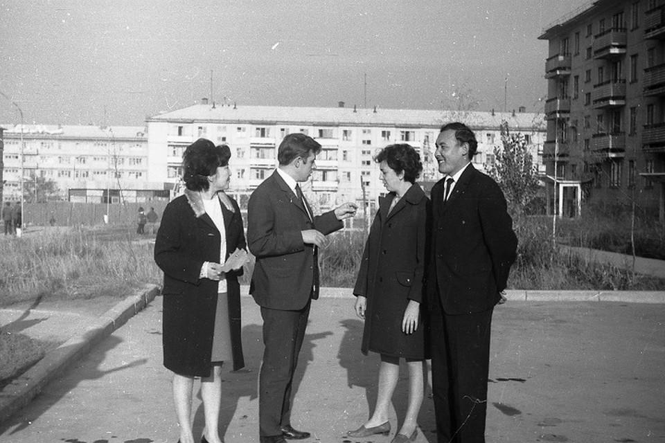 Именно учащаяся молодежь всегда составляла наиболее значительную и заметную прослойку жителей столицы Советского Казахстана.