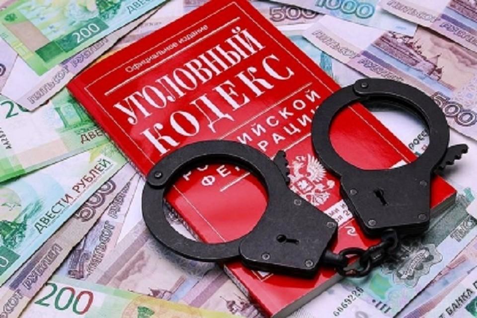 Две квартиры дали судебному приставу в качестве взятки руководители компании в Хабаровском крае