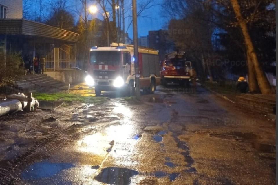 В Брянске из загоревшийся гостиницы рядом с цирком эвакуировали 39 человек