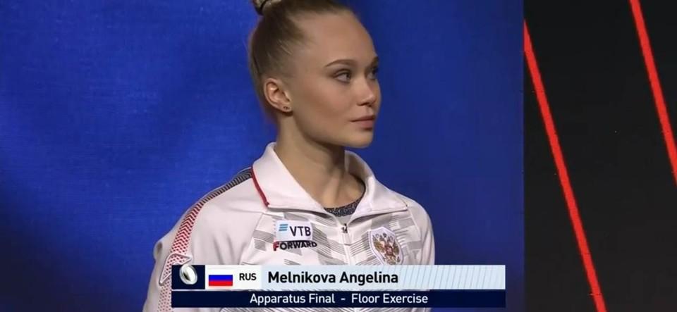 Ангелина Мельникова была расстроена тем, что упустила золото в самый последний момент.