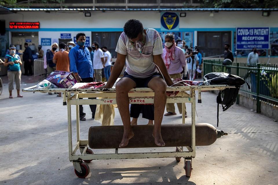 Индию потряс «коронавирусный шторм».