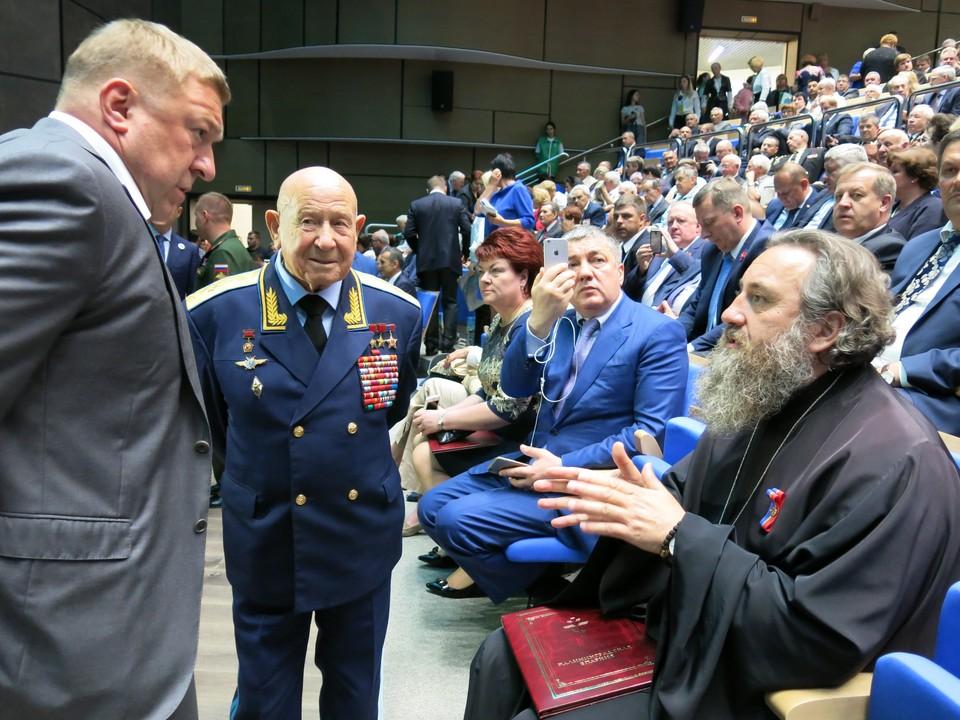 Алексей Леонов не забывал Калининград: во время празднования 70-летия Калининградской области.