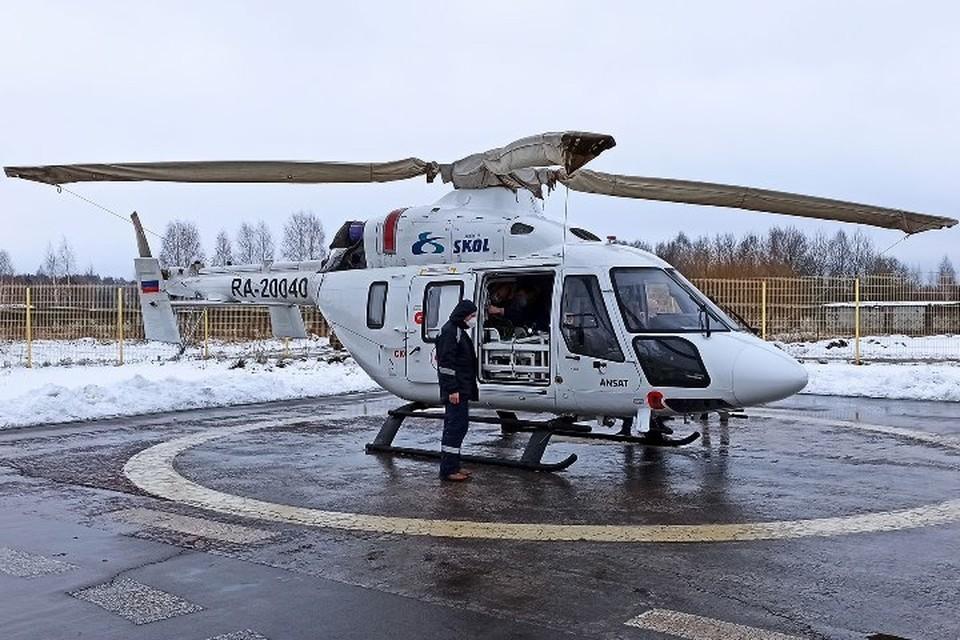 Пострадавшую женщину в ДТП из Карачева доставят на вертолете в Москву.
