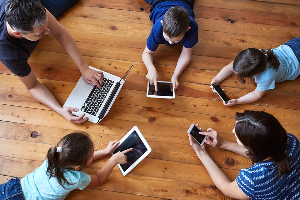 Красноярцы любят читать электронные книги по воскресеньям. Фото предоставлено компанией