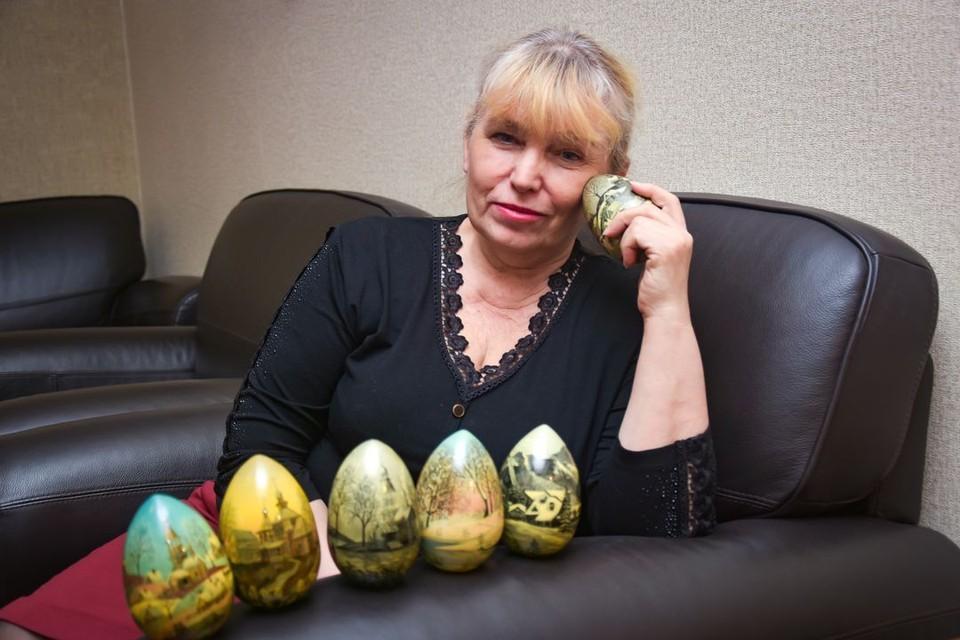 Марина Ворошилова умеет создать невероятную красоту на обычных яйцах.