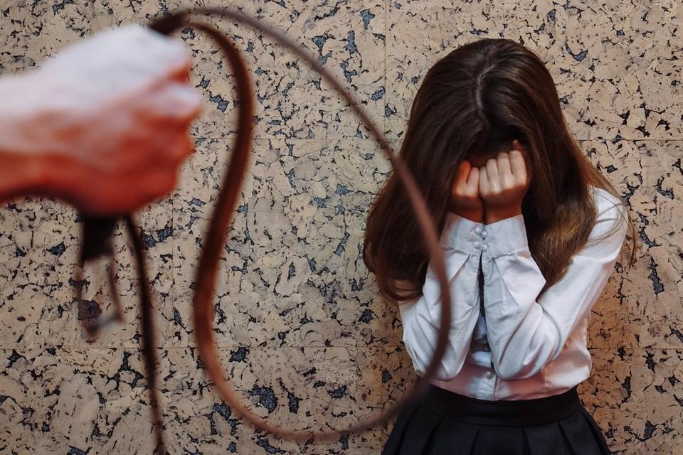 Девочку били не реже раза в неделю - в зависимости от настроения ее мамы