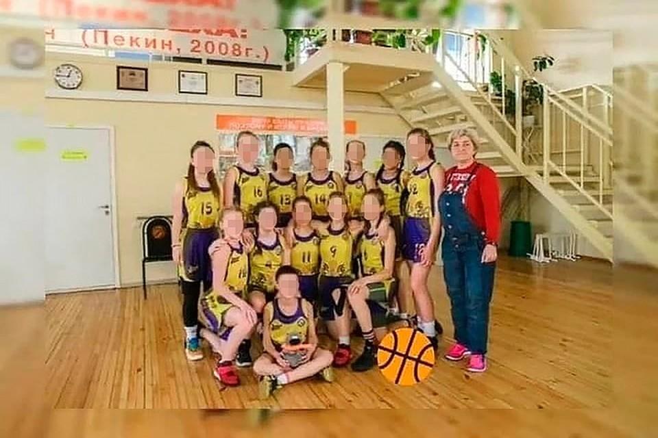 Фото баскетбольной команды девочек из Волгограда, которые разбились в аварии на Ставрополье. Фото школа олимпийского резерва №2