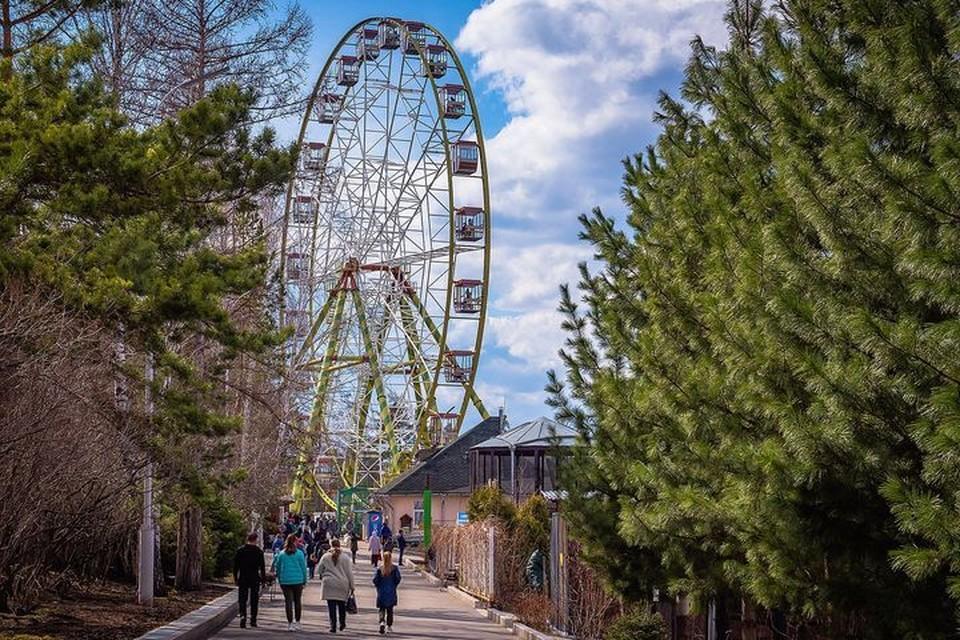 Сколько стоит прокатиться на самом высоком колесе обозрения Красноярска. Фото: Андрей Горбань