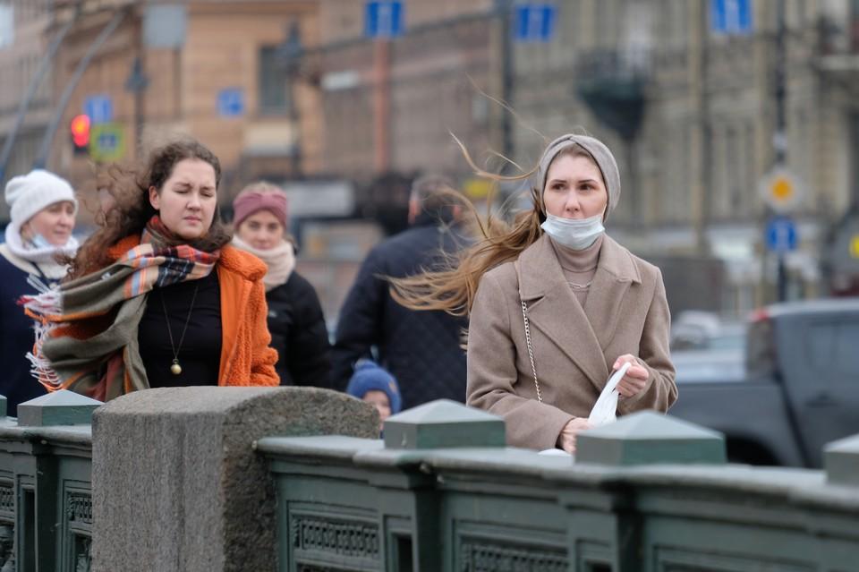 Сильный ветер ждет Петербург 4 мая