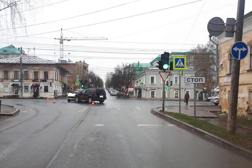 Авария произошла на регулируемом перекрестке. Фото: vk.com/gibdd43
