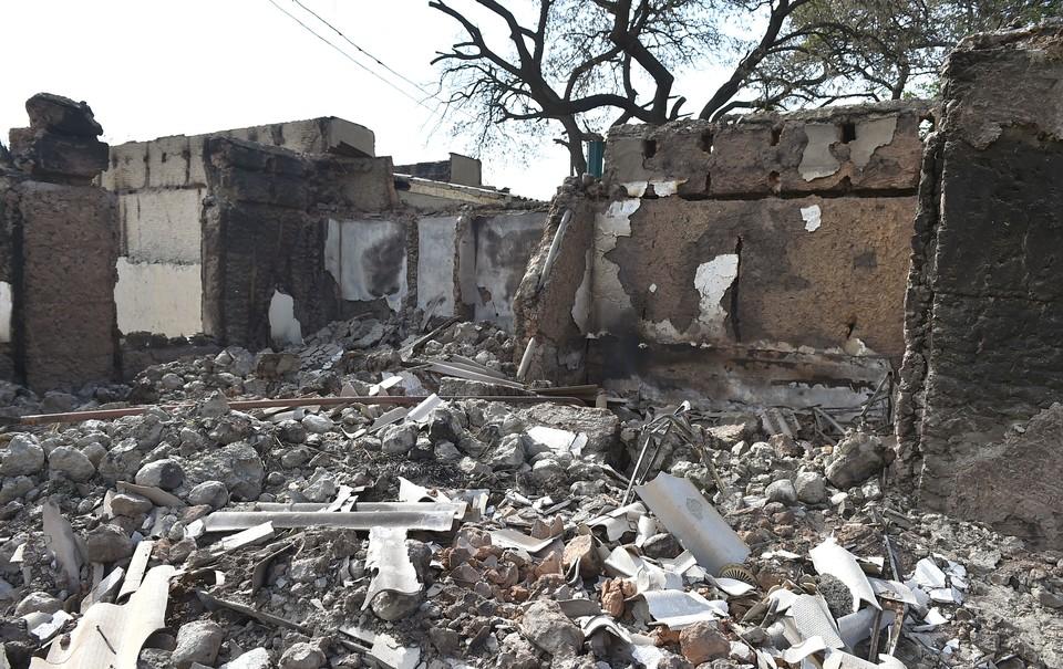 В ходе минометного обстрела разрушено более 170 жилых домов кыргызстанцев. От некоторых построек не осталось камня на камне.