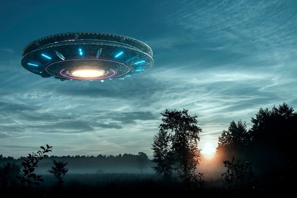 Американские силовые структуры все никак не могут оставить в покое тему НЛО, уж больно будоражит она умы власть предержащих!