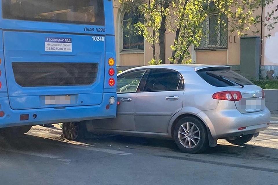 В Твери произошло два ДТП с автобусами Фото: vk.com/live_tver